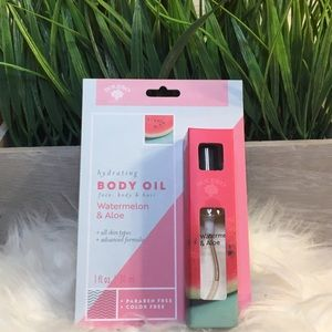 Makeup - Brand New 💕 Watermelon and Aloe Hydration Oil